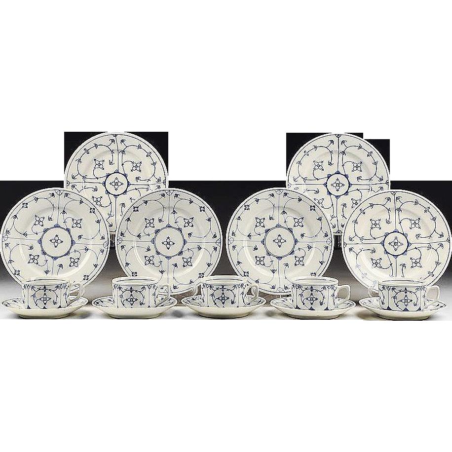 16 Pc. Blue & White Oscar Schaller & Co. China