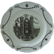 Wedgwood dinner plate, St. James Palace
