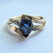 10K Yellow Gold Teardrop Sapphire Ring Size 6¾