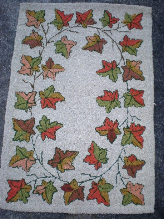 Fabulous Hooked Rug with Autumn Leaf Pattern