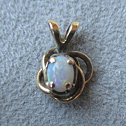 10k Gold and Opal Pendant