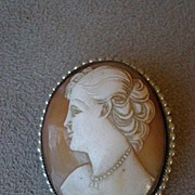 Beautiful Edwardian Shell Cameo w/ Seed Pearls