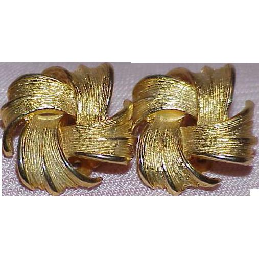 Elegant Vintage TRIFARI Love Knot Earrings