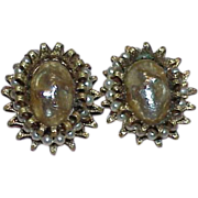 Vintage BERGERE Silvertone Faux Pearl Button Style Earrings