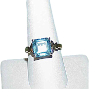 Vintage 10k Gold Blue Topaz Cocktail Style Estate Ring