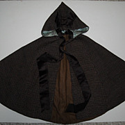 Hooded Doll's Cape