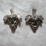 Taxco Mexican Sterling Silver Clip Earrings Grapes