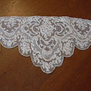 Old Ecru Fine Lace Bodice Piece
