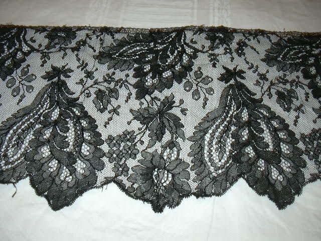 Black Antique Wide Fancy Lace Edging