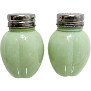 Three Lobed American Glass Shaker Set