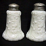American Glass Salt and Pepper Shaker Scroll with Pansy