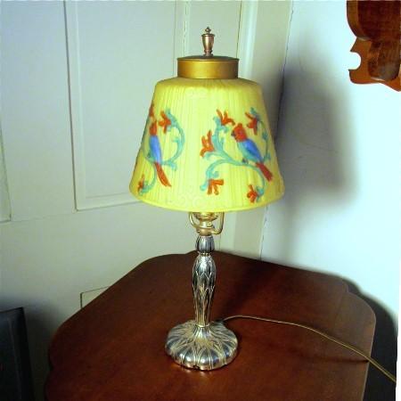 Reverce Painted Glass Parrot Lamp Vintage