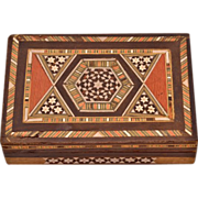 Gorgeous Vintage Wooden Marquetry Jewelry / Trinket Box