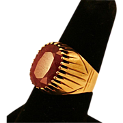 Amazing 10 carat Natural Ruby and 14K Yellow Gold Ring, Size 9