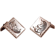 Dazzling 32 gms Sterling Silver Cuff Links with Paisley Decoration
