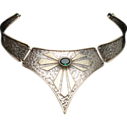 Hinged Collar Necklace Sterling Silver Vintage Italy Hammered Green Stone