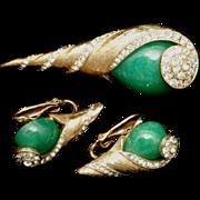 Kramer Set Brooch Pin Earrings Spiral Shell Design Rhinestones Large Green Cabs