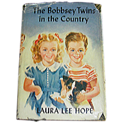 Book, The Bobbsey Twins In The Country by Laura Lee Hope, 1950