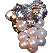 Genuine Cultured Pearls 3-D Grape Cluster Ring 900 Silver, Circa 1970's Japan. Size 6.5