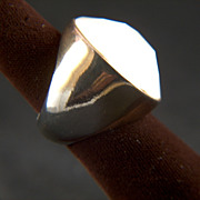 Vintage Large Faceted Cream Lucite Dome Ring