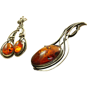 Estate Baltic Sea Honey Amber Brooch and Earrings
