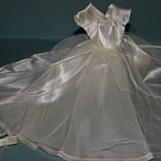 SALE Vintage mint fashion barbie doll 1950's wedding dress veil