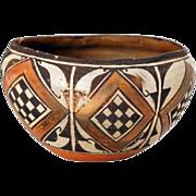 Native American Acoma Polychrome Pueblo Pottery Bowl or Olla