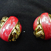 Vintage Clip Earrings Goldtone with Red Enamel Interlaced Bands
