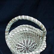 SALE PENDING Low Country South Carolina Sweet Grass Basket