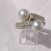 14kt  White Gold Culture Pearls and Multi Diamonds Vintage Ladies Ring
