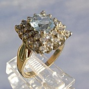 14kt Vintage Aquamarine/Multi Diamond Ladies Ring