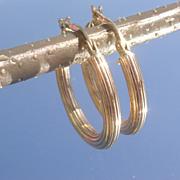 10kt Yellow Gold In-Line Texture Vintage Hoop Earrings