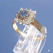 14kt Sparkling Multi Diamond/Sapphire Ladies Vintage Ring