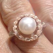 10kt Vintage Culture Pearl Wreath Ladies Ring