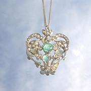 9-10kt Vintage Emerald/Multi Seed Pearl Pendant