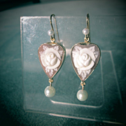 9kt Yellow Gold Shell Cameo Rose and Freshwater Pearl Earrings