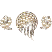 SALE JOMAZ Real Look Rhinestone and Faux Pearl Pin and Earrings Set