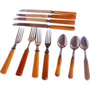 Vintage Bakelite Kitchenware Flatware Mixed Collection 11 pieces, Forks, Knives, Teaspoons