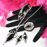 WHITING & DAVIS~Amazing Vintage Hematite Necklace/Bracelet/Earrings/Ring Parure