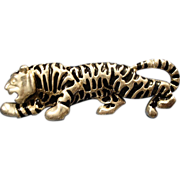 SALE VINTAGE Large Crouching tiger pin/brooch in Silver tone