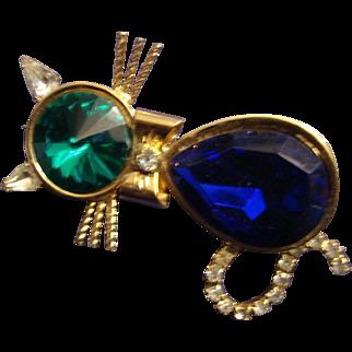 SALE VINTAGE unsigned Dodd Rhinestone cat pin/brooch in gold tone