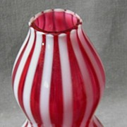Fenton Cranberry Spiral Optic Vase