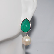 SOLD Green glass drop and Fresh water pearl Earrings