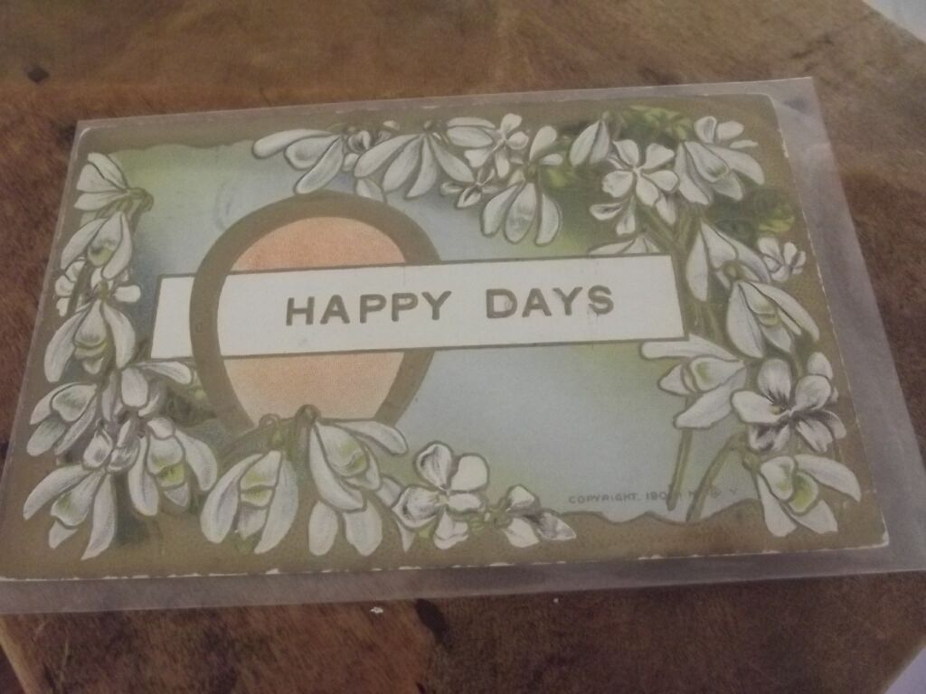 """Victorian """"Happy Day""""  Post Card Greeting"""