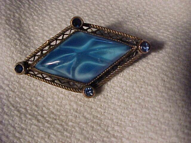 Beautiful Blue Stone Victorian Pin