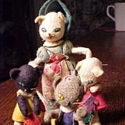 Baps Three LIttle Kittens and Mom