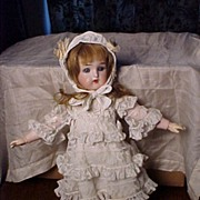 Pretty Small Kammer and Rheinhardt Doll