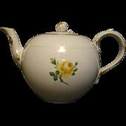 Meissen yellow rose porcelain tea pot teapot crossed swords