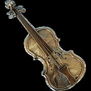 20th Century Continental 800 Fine Silver Fiddle-shaped Snuff Box