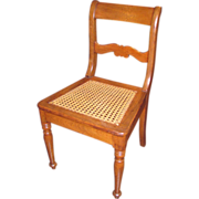 Set of 12 Antique American Walnut Dining Chairs Circa 1830